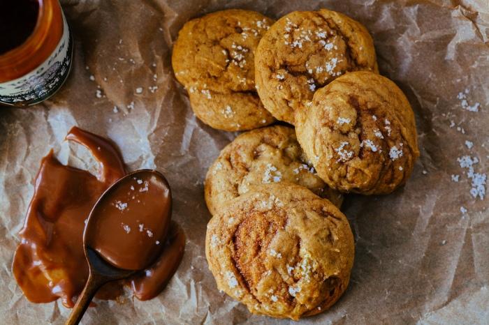 pumpkin caramel swirl cookies
