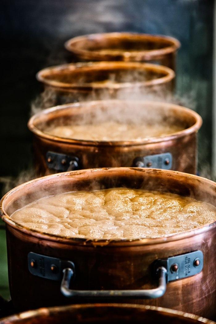 boilingpots.jpg